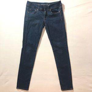 6 American Eagle Skinny Stretch Blue Jeans